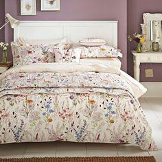 Buy V&A Blythe Meadow Quilt Cover Set at Jarrold - Norfolk's leading independent department store
