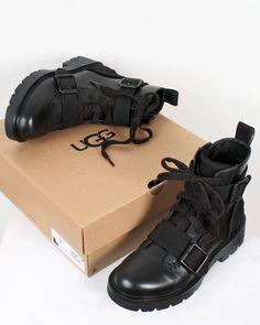 Brand Name Shoes, Brand Names, Sandals, Fashion, Moda, Shoes Sandals, Fashion Styles, Fashion Illustrations, Sandal
