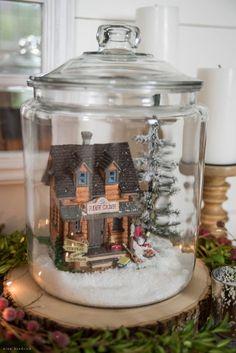 73 DIY Small Christmas Gingerbread House Cookies for Kids Christmas Gingerbread House, Christmas Jars, Christmas 2016, Simple Christmas, Christmas Holidays, Christmas Gifts, Christmas Wreaths, Christmas Projects, Christmas Cookies