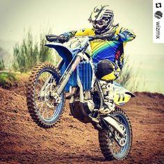 Work on a Saturday too @wizmx Wheelie wednesday #wizmx #srs #speedraceshop #dwbtoftshit #mtlsuspension #ndmx #tm #tmracing #tmlife #tmmafia #tmfamily #mx #moto #motocross #braap #wheelie #powerwheelie #dirtbike #dirtlife #racing