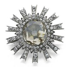 Diamond cluster brooch, early 19th century