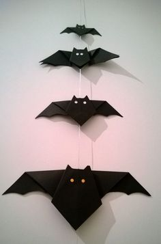 DIY Bat origami halloween  - 30  Creative Halloween Ideas  <3 <3