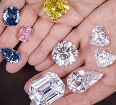 Va plac bijuteriile? Vedeti cum arata, ce preturi au si unde se gasesc inelele ce fac parte din Top 10 cele mai scumpe inele din lume.