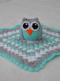 "Renate's haken en zo: Nog meer knuffeldoekjes The pattern is from the book ""Crochet Animal Kingdom"" by Christel Krukkert. Crochet Security Blanket, Crochet Lovey, Crochet Baby Toys, Lovey Blanket, Crochet For Boys, Crochet Animals, Baby Blanket Crochet, Diy Crochet, Crochet Crafts"