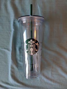 Clear Starbucks Cup with Straw, Brand New Starbucks Tumbler Cup, Tumblr Cup, Clear Tumblers, Cup With Straw, Dunkin Donuts, Christmas 2019, Organization Hacks, Hijab Fashion, Shot Glass