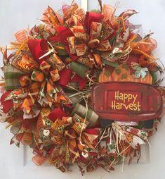 Fall Mesh Wreaths, Wreath Fall, Door Wreaths, Thanksgiving Wreaths, Thanksgiving Decorations, Christmas Decorations, Thanksgiving 2020, Fall Crafts, Crafts For Kids