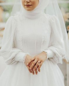 Muslim Wedding Gown, Muslimah Wedding Dress, Muslim Wedding Dresses, Wedding Gowns, Bridal Hijab, Bridal Outfits, Bride Dress Simple, Long Sleeve Bridal Dresses, Marie