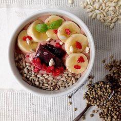 My Casual Brunch: Smoothie de frutos vermelhos com abacate, banana, ...