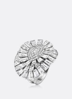 Ring Crazy Flower with diamonds by Breguet