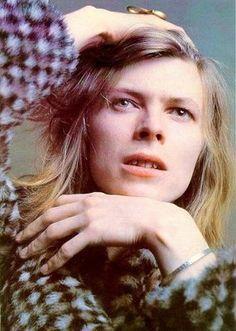 Session photos de David Bowie pour la couverture de Hunky Dory en 1971 (Brian Ward)