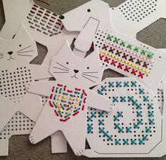 Diy easy stitch cards for children – Artofit Sewing Projects For Kids, Sewing For Kids, Craft Projects, Fun Crafts, Crafts For Kids, Arts And Crafts, Paper Crafts, Diy With Kids, Sewing Cards