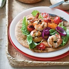 During the #summer, folks have a tendency to lean towards lighter and simple meals. A quick and easy meal will help you save the fuss of lengthy preparation and leave plenty of time to have fun in the #sun. Here are a few quick and savory possibilities for summer dishes.