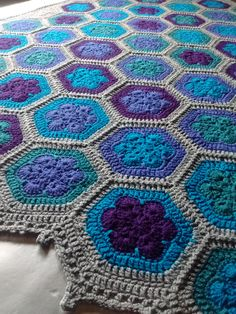 Crochet African flower blanket made by @crochetbyali