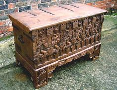 ca. 1400 chest. THIS is the one I want to replace the cedar chest!