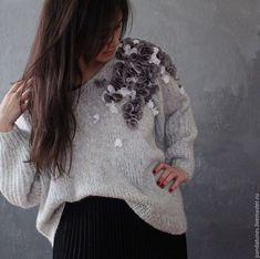 Knitted pullover with flowers applique | Купить Нежный пуловер Подснежник - однотонный, пуловер оверсайз, серый, пуловер, вязаный свитер
