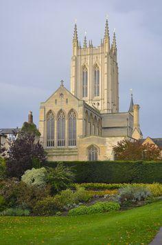   Stedmundsbury Cathedral, Abbey Gardens, Bury St Edmunds   Abbey Gardens