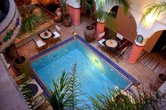 """Szoba reggelivel a következő városban: Marrakesh, Marokkó. Located in the heart of Marrakech Medina, just a 10-minute walk from Jemma El Fna Square, Riad """" Ocher house"""" offers a spacious and sunny rooftop terrace, rustic-style Moroccan décor and 24-hour reception. All rooms are private with ensuite attached."""