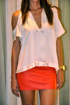 blusas elegantes - Pesquisa Google                                                                                                                                                                                 Más