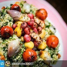 Nuestro querido Tabule Andino!! #Repost @alexandre30007 ・・・ Este es el plato que prepararon @elciervoyeloso para @revistalabarra  y el #retodelcubio  #cubiosclubdefans  #foodies #foodforfoodies #cocinacolombiana #gastronomiacolombiana #instafood #foodporn #foodforvegies #chefsoninstagram #chef #colombia Cobb Salad, Foodies, Food Porn, Instagram Posts, Colombian Cuisine, Dishes, Recipes, Treats