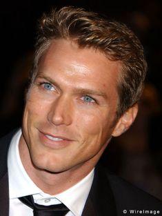 Google Image Result for http://celebritywonder.ugo.com/picture/Jason_Lewis/JasonLewis_DeGuire_4542408.jpg