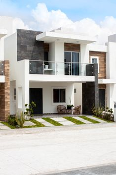 Modern Exterior House Designs, Modern Villa Design, Dream House Exterior, Architectural Design House Plans, Modern Architecture House, Modern House Plans, House Outer Design, Minimal House Design, Duplex House Design