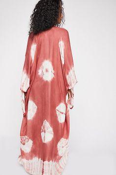 5ce75fcf643 Slide View 2  Spellbound Tie Dye Kimono Beach Essentials