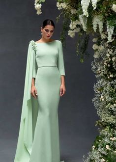 The FashionBrides is the largest online directory dedicated to bridal designers and wedding gowns. Hijab Evening Dress, Hijab Dress Party, Evening Dresses, Simple Dresses, Elegant Dresses, Beautiful Dresses, Mode Hijab, Dress Sewing Patterns, Bridesmaid Dresses