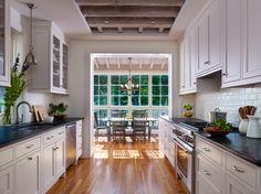 Weiß Galeere Küchen, Galeere Küche Renovieren, Pantry Küche Design, Räume  Küchen