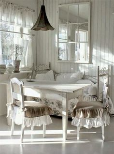 https://www.facebook.com/passione.shabby.chic/photos/a.317026968397907.54818.317000651733872/712584508842149/?type=3