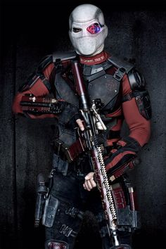 Will Smith goes full-on Deadshot!