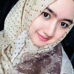 Assalammualaikum __________________ #komunitas_hijab_indonesia #hijaberscantik #hijabootdindo #hijabkece #bidadariselfie #cantiknyaberhijab #hijaber_indo #hijabersindonesia #hijabers_indonesia #hijabersmagazine #diaryhijab #dailyhijabindo #barbie_muslimah #hijaberscommunity #hijaber #hijabers #wanitaberhijab #selfie #like #follow #lfl