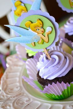 First Lady of the House: {The TinkerBell Party}  what a good idea to use the flower cupcake liners!