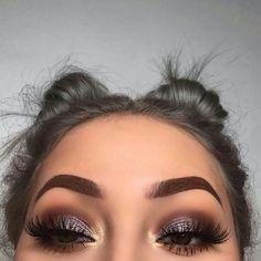 Gorgeous Makeup: Tips and Tricks With Eye Makeup and Eyeshadow – Makeup Design Ideas Cute Makeup, Gorgeous Makeup, Makeup Looks, Hair Makeup, Makeup Eyebrows, Makeup Glowy, Eyebrow Makeup, Red Eyeliner, Grey Eyeshadow