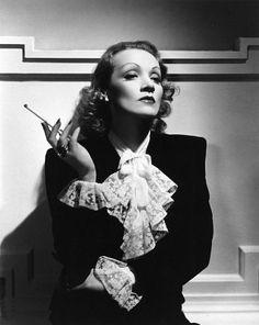 14 самых красивых актрис ХХ века: Марлен Дитрих | Фотографии