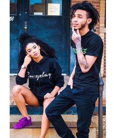 """with taking these shots"""" Sisters Goals, Bff Goals, Best Friend Goals, Couple Goals, Black Power, Brother Sister Photos, Sibling Photography Poses, Relationship Pictures, Relationship Goals"""