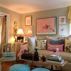 Chinoiserie Chic: The Pretty Gallery Wall 2- beautiful room to have in a girls only space! Love!