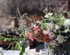 rustic winter arrangement (via Saipua — Soap and Flowers)
