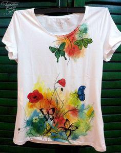 Dress Painting, T Shirt Painting, Fabric Painting, Fabric Art, Fabric Crafts, Sewing Crafts, Hand Painted Dress, Painted Clothes, Paint Shirts
