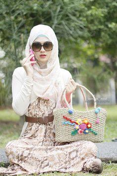 Snake print maxi. Hijabi