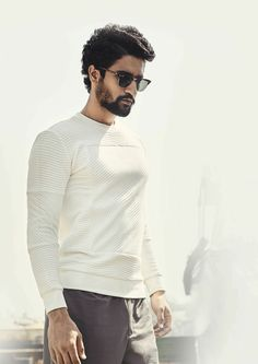 The Dark Horse Of The Millennium Vicky Kaushal Bollywood Outfits, Bollywood Actors, Bollywood Celebrities, Fancy Dress Competition, Indian Celebrities, Handsome Celebrities, Man Crush Everyday, Actors Images, Boy Models