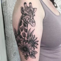 Best Giraffe Tattoo Designs & Meanings-Wild Life on Your Animal Sleeve Tattoo, Best Sleeve Tattoos, Sleeve Tattoos For Women, Animal Tattoos, Wrist Tattoos For Guys, Mom Tattoos, Future Tattoos, Body Art Tattoos, Ankle Tattoos