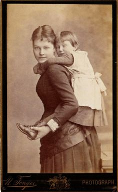 +~+~ Antique Photograph ~+~+  Piggy back ride ~ sweet mother and daughter
