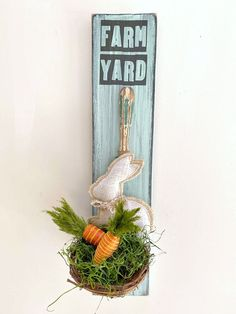 Spring bunny nest from things you have at home. Homeroad.net #Easter #Easterdecor #vintage #kitchen #bunny #Springdecor #Spring