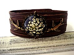 Real Flower Bracelet - tender leather bracelet with real dried flower cabochon (BLACK) and bronze swallows