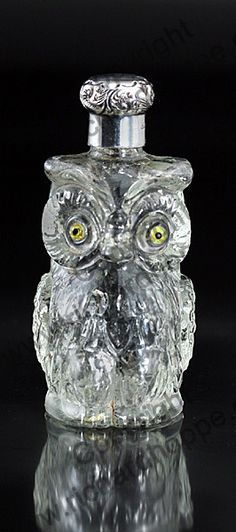 RARE ANTIQUE & VINTAGE SCENT PERFUME BOTTLES: 1898 GLASS OWL SCENT PERFUME BOTTLE, STERLING SILVER TOP. To visit my website click here: http://www.richardhoppe.co.uk or for help or information email us here: info@richardhoppe.co.uk