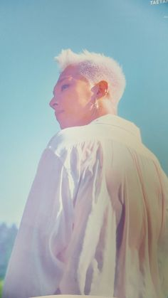 Billboard: Taeyang Scores 2nd Consecutive No. 1 on World Albums With 'White Night' • bigbangupdates