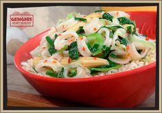 Dragon Calamari - 402 calories, 8 g total fat    Protein: Calamari    Seasoning: Cajun Spice    Veggies: Cabbage, Green Onions, Spinach, Baby Corn    Sauce: Dragon Sauce    Starch: Brown Rice