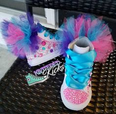 Poppy Trolls Custom Converse w/tutu Jojo Siwa Birthday, Baby Girl Birthday, Trolls Birthday Party, Unicorn Birthday Parties, Cute Baby Shoes, Baby Girl Shoes, Custom Converse, Custom Shoes, Jojo Siwa Outfits