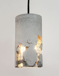 Concrete luminaire: hammer and power free the lamp, a design that . - Concrete lamp: hammer and power liberate the lamp, a design that requires the courage of the buyer -