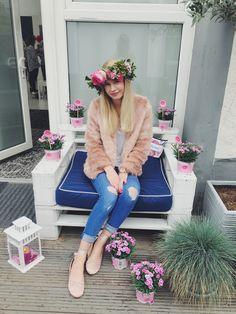 Hallo ihr Lieben, wie ihr sicher schon auf Instagram und Snapchat sehen konntet, war ich von Gofeminin auf dem BOX STORIES Launch in Düsseldorf. Mehr dazu findet ihr Mitte der Woche hier auf meinem Blog 😉 Ich wollte euch aber... Continue Reading →